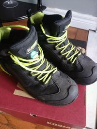 Safety boots size 10 $130 obo Cambridge, N1T 1K9