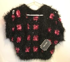 Brand new women's unusual fuzzy sweater size small