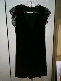 women's black sleeveless dress London, N6H 5R6