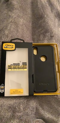 iPhone XS Max Otterbox Commuter Case in the original box/packaging. Pelham, 03076
