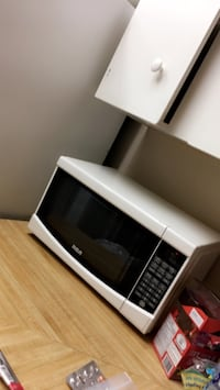 black and gray microwave oven Edmonton, T6J 4M2