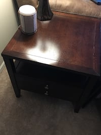 Coffee table and end table- price negotiable Pingree Grove, 60140