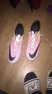 Chaussure de foot taille 44 Sassenage, 38360