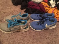 pair of blue-and-white Nike running shoes Johnson City, 37601