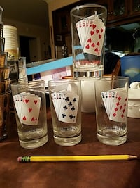 Poker hand card glasses San Marcos, 92078