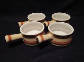 Set of 4 soup bowls with handles