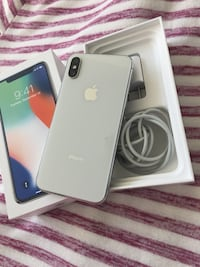 Unlocked silver iPhone X 64gb  Mississauga, L5B