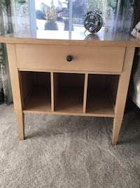 brown wooden single drawer side table Ashburn, 20105