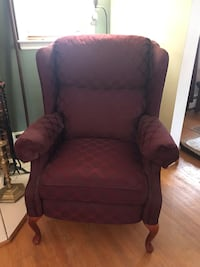Wing chair recliner Baltimore, 21206