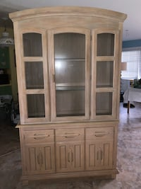Two piece lit China cabinet (Reduced) Lehigh Acres, 33936