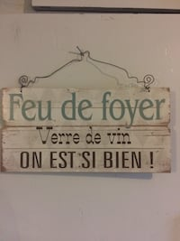 White and black wooden quote board Beauharnois, J6N 1L9