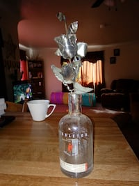 silver flowers decor with clear glass bottle 2034 mi