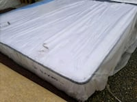 King mattress 300$, show room excellent condition  Edmonton, T5A 4H3