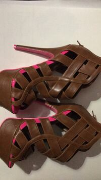 pair of brown leather open-toe sandals Gaithersburg, 20876