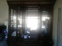 Curio cabinet excellent condition Laurel, 20708
