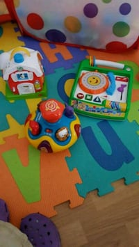 toddler's assorted learning toys Québec, G2N 1Z1