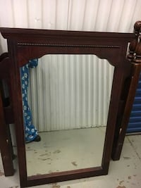 Antique Mirror 30x45 Alexandria, 22311