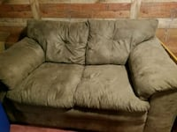 brown suede 3-seat sofa 170 mi