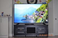 """Moving sale - LG 70"""" TV model 70uh6350 with Stand Mississauga"""