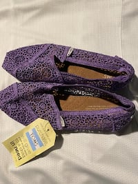 Purple and Lace Toms!  Severn, 21144