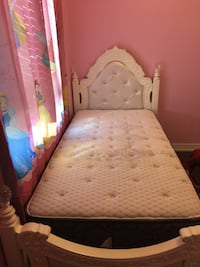 White princess twin bed sold wood Vaughan, L6A 3M4