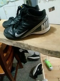 black-and-gray Nike basketball shoes Moline