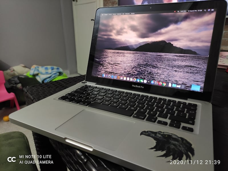 Macbook pro i5 250ssd 500hdd 1