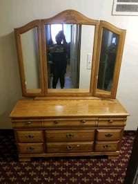 BEDROOM FURNITURE NEAR LANSDOWNE AND QUEEN  Toronto, M6K 2V9