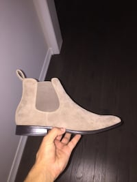 Brand New Chelsea Boots Kitchener, N2R 0G1