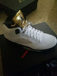 e137570345 Used Jordan 5 Retro Metallic Gold for sale in Farmingdale - letgo