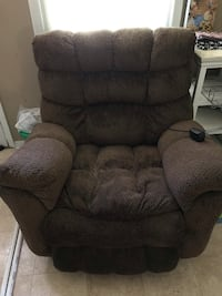Massage reclining chair coco color with 3 heat and 3 message settings