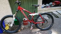 red and white Schwinn hardtail mountain bike Vancouver, V6T 1C2