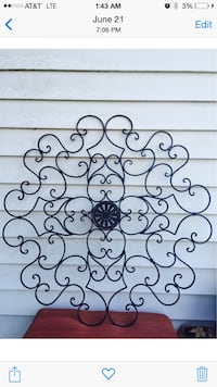 "Large wrought iron medallion (39"" tall/wide) Bossier City, 71112"