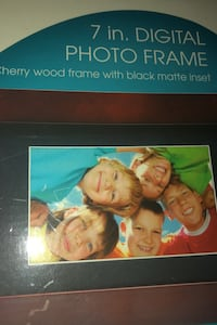 "7"" digital photo frame Hagerstown, 21740"