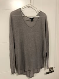 Forever 21 long sleeve Vancouver, V5W 1S2