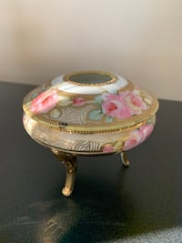 Vintage Noritake Footed Lidded Trinket Dish with Roses and Gold Trim Greenfield, 53228