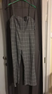 Brand new Fashion Nova XXL jump suit, never worn Fairfax, 22032