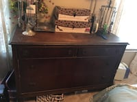 Antique Dresser Woodbridge, 22192