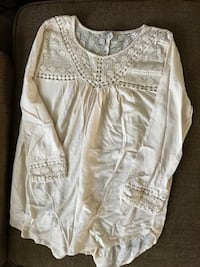 Loose-fitted cream long-sleeve shirt