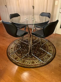 DINING TABLE WITH 4 CHAIRS Woodbridge, 22191