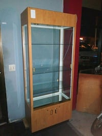 DISPLAY CASES FOR STORE MERCHANDISE  EXCELLENT CON Pompano Beach
