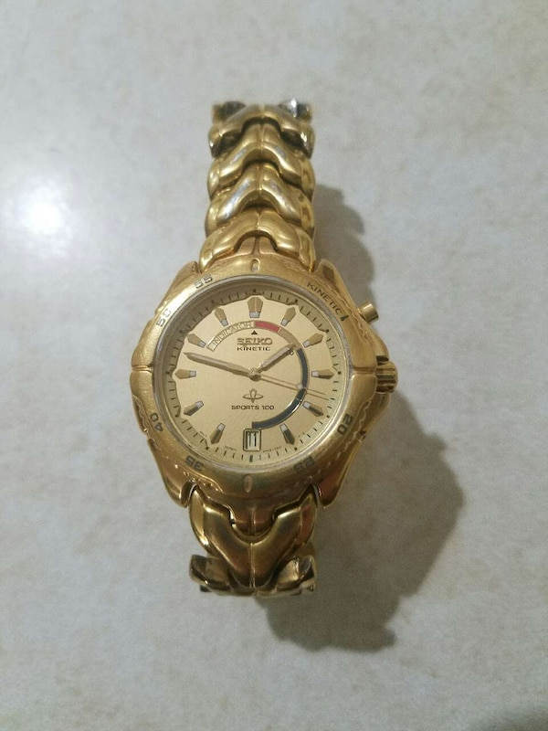 0693b5a1100b Used SEIKO KINETIC watch gold automatic sports 100 for sale in Milford -  letgo