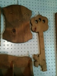 brown and white wooden key holder Hamptonville, 27020