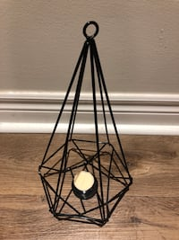Wire candle decoration and tea light candles St Catharines, L2T 1S4