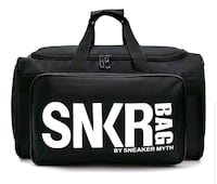 SNKR BAG .. This bag can fit 4 shoes for on the go Mississauga, L5B