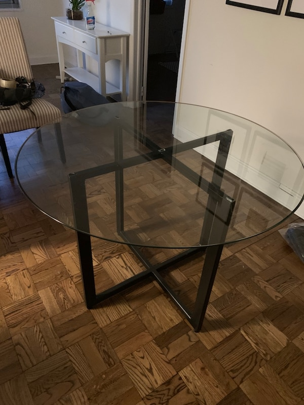 Gebrauchte Customhandmade Glass Top Dining Table W Metal Base Zum