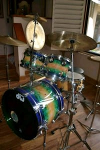 DW drums custom drumset with Zildgian cymbal pack. DeLand, 32720
