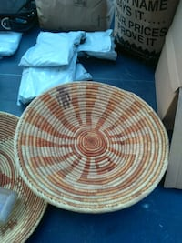 round brown wooden table top Porterville, 93257