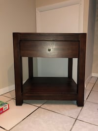 Wooden table (price negotiable ) Arlington, 22204