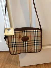 Burberrys leather bag